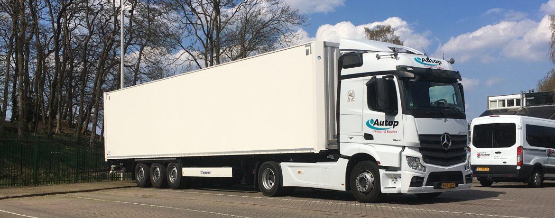 Vrachtwagen-Autop-Transport 2